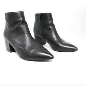 Zara. Perfect black ankle bootie.